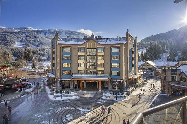 Khu nghỉ dưỡng trượt tuyết Whistler, Canada – Phát hiện ổ dịch biến chủng P1 lớn nhất thế giới bên ngoài Brazil