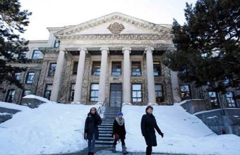Canada có loại giấy phép làm việc mới để du học sinh dễ xin định cư