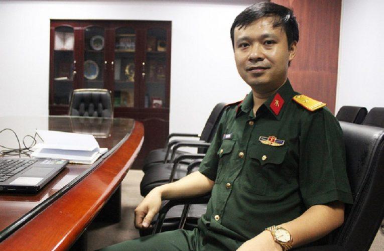 Du học sinh là Phó giáo sư trẻ nhất của Quân đội 30 tuổi là tiến sĩ. 34 tuổi được phong phó giáo sư